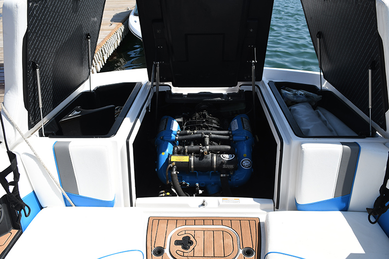 2017 Super Air Nautique engine compartment
