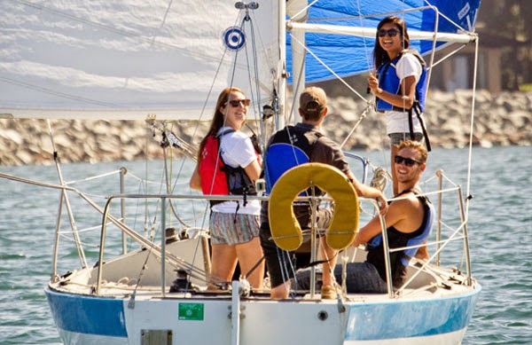 Students in keelboat class